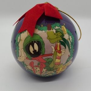 1997 Marvin the Martian Christmas ornament